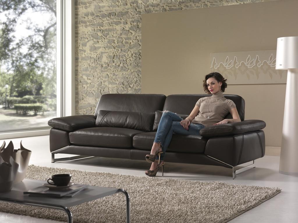 Nét đặc biệt của những mẫu sofa từ xưởng ghế sofa hiện đại nhập khẩu uy tín