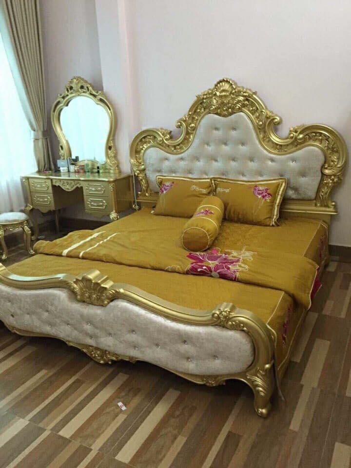 Địa Chỉ Bán Giường ngủ tân cổ điển màu vàng kích thước 1m8 x 2m