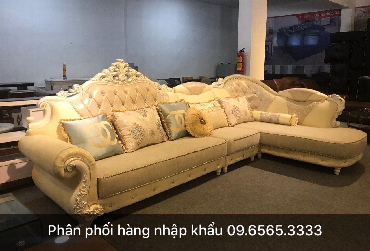 Kích thước sofa giường tân cổ điển phù hợp phòng diện tích lớn.
